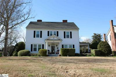 550 W MAIN ST, Laurens, SC 29360 - Photo 1