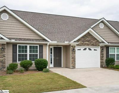 39 EAGLECREST CT, Simpsonville, SC 29681 - Photo 2