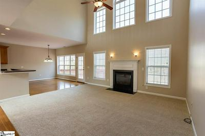 19 CROWSNEST CT, Simpsonville, SC 29680 - Photo 2