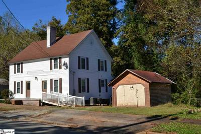 533 BROADWAY ST, Seneca, SC 29672 - Photo 1