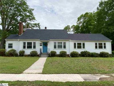 314 E FLORIDA ST, Clinton, SC 29325 - Photo 1