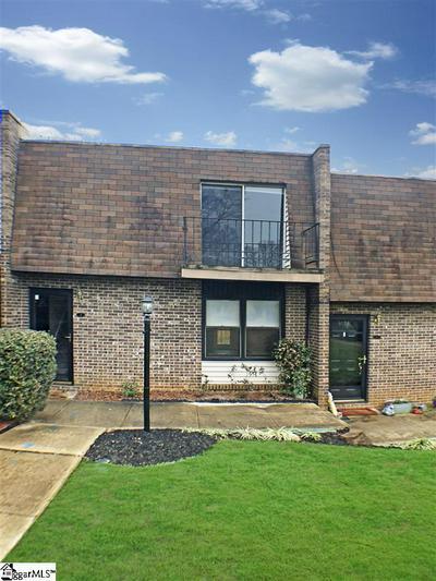 10 POINSETT AVE APT B, Greenville, SC 29601 - Photo 1