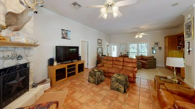 3828 OLD MASON RD, FREDERICKSBURG, TX 78624 - Photo 2