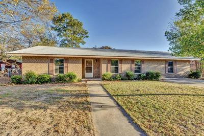 705 N BOWIE ST, Fredericksburg, TX 78624 - Photo 2
