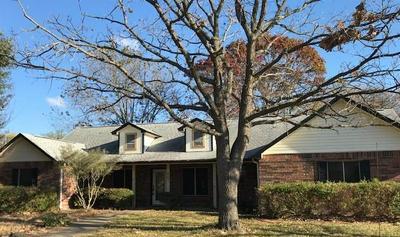 801 N BOWIE ST, Fredericksburg, TX 78624 - Photo 1