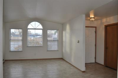 2822 ORCHARD AVE APT B, Grand Junction, CO 81501 - Photo 2