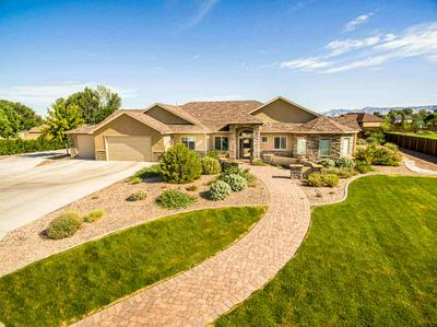 2530 RIATA RANCH CT, Grand Junction, CO 81505 - Photo 2