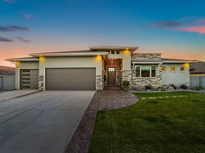 2190 KNOWLES CANYON AVE, Grand Junction, CO 81507 - Photo 1