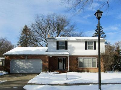 1433 ROXBURGH AVE, EAST LANSING, MI 48823 - Photo 1