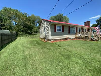 213 LAKEVIEW DR, Brandenburg, KY 40108 - Photo 2