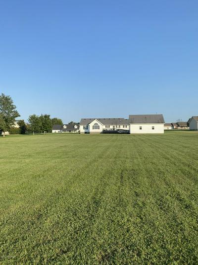 124 LIVELY LN, Leitchfield, KY 42754 - Photo 2