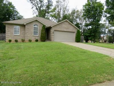 2417 FLUHR LN, Louisville, KY 40216 - Photo 2