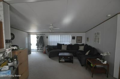 45 COUNTY POND RD, Vine Grove, KY 40175 - Photo 2