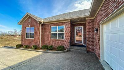 1117 LEAWOOD DR, Frankfort, KY 40601 - Photo 2