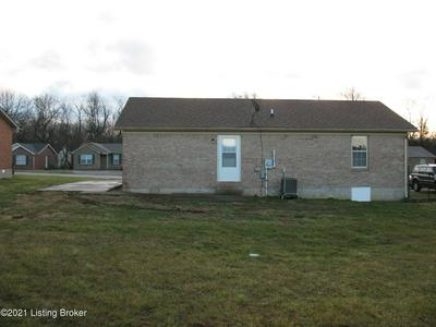 158 CALDWELL AVE, Bardstown, KY 40004 - Photo 2