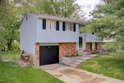 4114 NORTHUMBERLAND DR, Louisville, KY 40245 - Photo 2