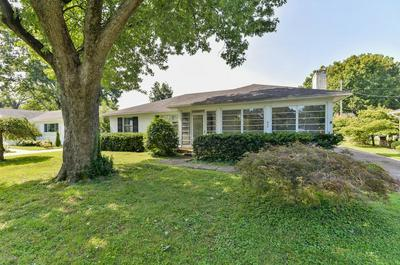 406 KAELIN DR, Louisville, KY 40207 - Photo 2