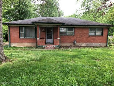 6514 HUFF LN, Louisville, KY 40216 - Photo 1