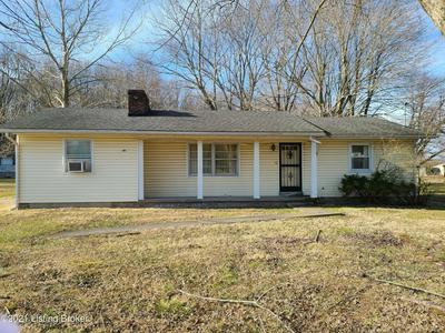 2807 BLEVINS GAP RD, Louisville, KY 40272 - Photo 2