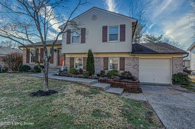 8718 AVONDALE CT, Louisville, KY 40299 - Photo 2