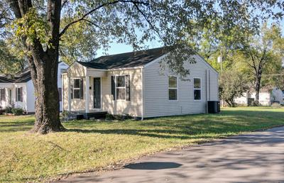 820 BARTLEY AVE, Bardstown, KY 40004 - Photo 2