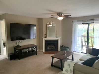 9810 WHIPPS MILL RD UNIT 6, Louisville, KY 40223 - Photo 2