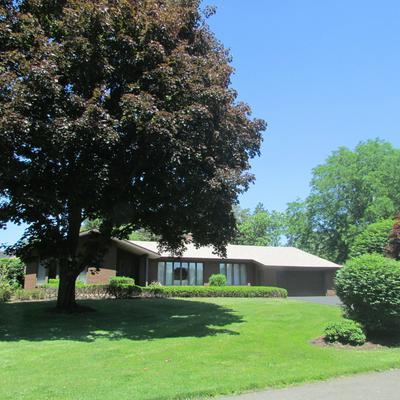 10 FAIRWAY CT, Albany, NY 12208 - Photo 1