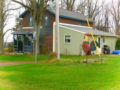 895 THAYER RD, Amsterdam, NY 12010 - Photo 2