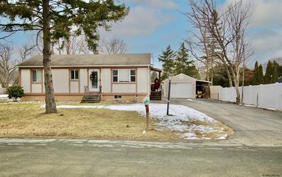 17 PHEASANT CT, Wynantskill, NY 12198 - Photo 2