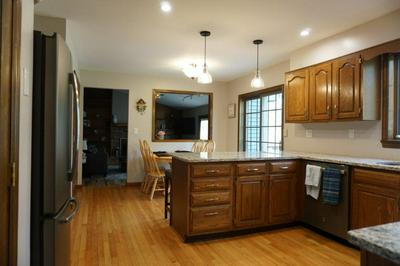 5 APPLEWOOD DR, Rexford, NY 12148 - Photo 2