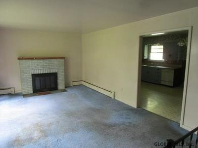 42 GLENDALE RD, Latham, NY 12110 - Photo 2