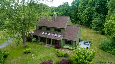 5917 VEEDER RD, Slingerlands, NY 12159 - Photo 2