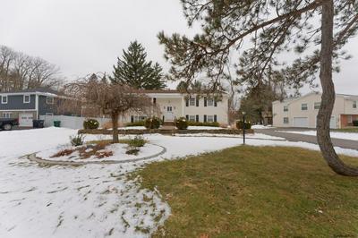4 ASHLEY DR, Newtonville, NY 12110 - Photo 2