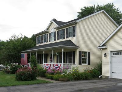 25 SIMMONS RD, Wynantskill, NY 12198 - Photo 2