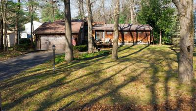 12 CANDLEWOOD DR, Delmar, NY 12054 - Photo 1