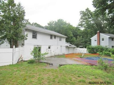 46 BAYBERRY DR, Clifton Park, NY 12065 - Photo 2