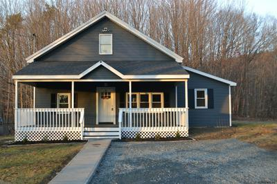 424 MINERAL SPRINGS RD, Melrose, NY 12121 - Photo 1