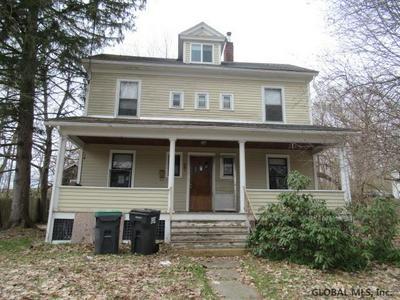 237 BROAD ST, Schuylerville, NY 12871 - Photo 2
