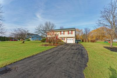 5 SUNCREST DR, Waterford, NY 12188 - Photo 2