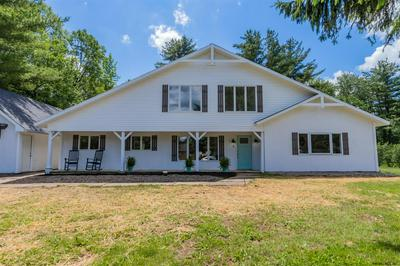 5 MOUNTAIN VIEW AVE, Johnstown, NY 12078 - Photo 2