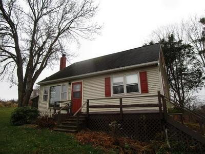 16 NEWCOMBS LN, Melrose, NY 12121 - Photo 1