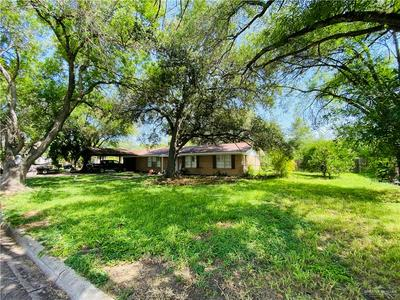 905 PAMELA DR, Mission, TX 78572 - Photo 2