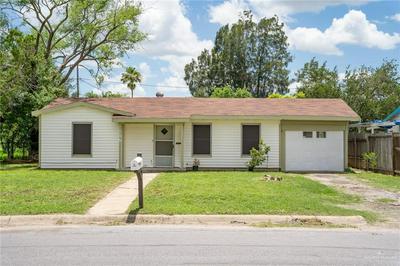 105 W DAVIS ST, Harlingen, TX 78550 - Photo 2