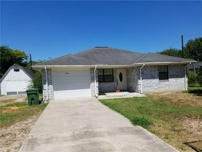 913 BANYAN ST, ALAMO, TX 78516 - Photo 1