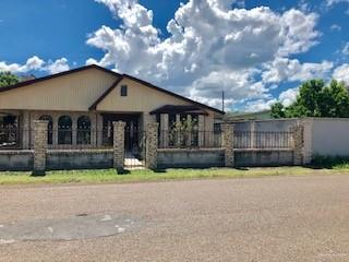 37 N ALVAREZ RD, Rio Grande City, TX 78582 - Photo 2