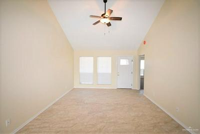 615 W 30TH ST, MISSION, TX 78574 - Photo 2