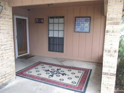 2116 ORIOLE AVE, McAllen, TX 78504 - Photo 2
