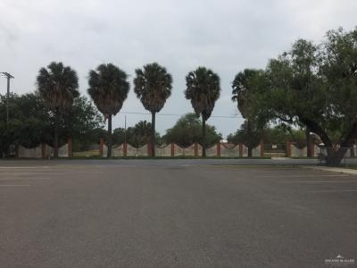 609 W DALLAS AVENUE, MCALLEN, TX 78501 - Photo 2