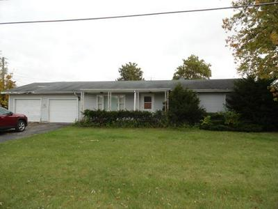 211 S SPARLING AVE, Rensselaer, IN 47978 - Photo 2