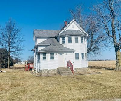 501 E INDIANA ST, KOUTS, IN 46347 - Photo 2